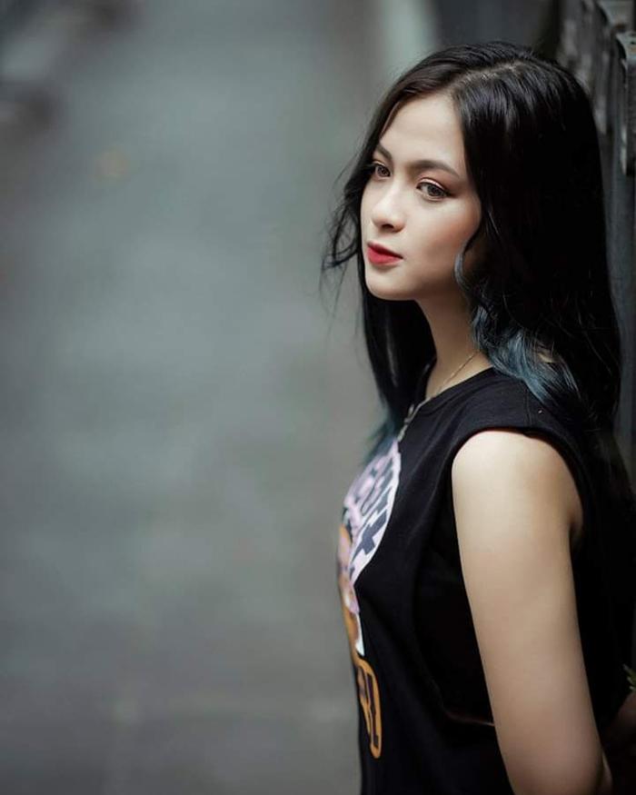 Đại sứ truyền thông khoa Quốc tế ĐH Quốc gia: Xinh như hotgirl, đam mê chơi chứng khoán, hâm mộ Mai Phương Thuý - Ảnh 6