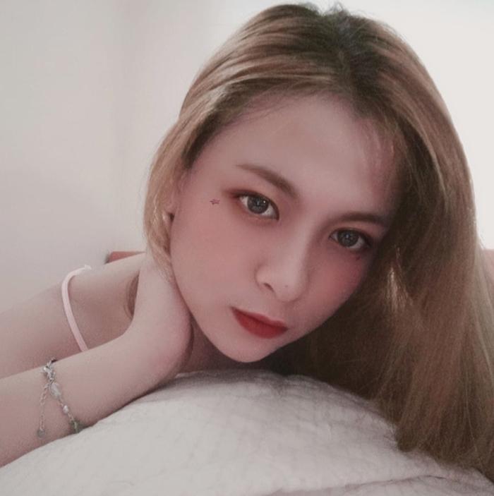 Đại sứ truyền thông khoa Quốc tế ĐH Quốc gia: Xinh như hotgirl, đam mê chơi chứng khoán, hâm mộ Mai Phương Thuý - Ảnh 4