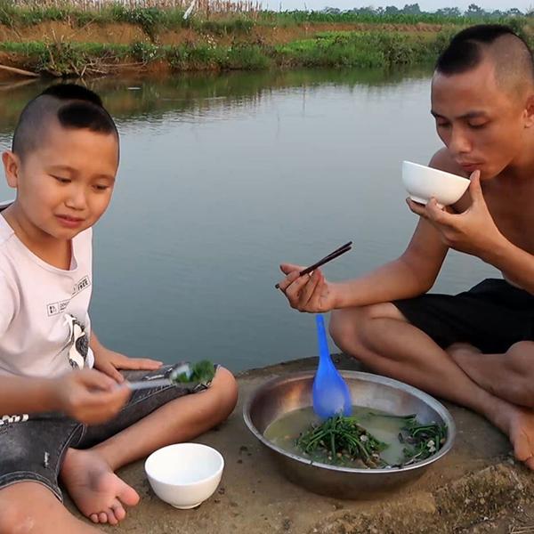 Anh em Tam Mao tiếp tục khoe cơ ngơi hoành tráng sau biệt phủ tại Ba Vì - Ảnh 1