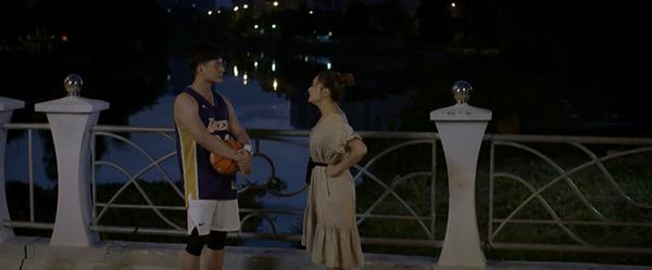 Hóa ra trai trẻ tán tỉnh Lan Phương trong phim Trói buộc yêu thương chẳng phải ai xa lạ - Ảnh 2