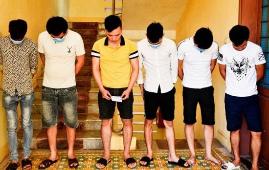 Quảng Trị: Phát hiện 18 người dương tính với ma tuý tại quán karaoke Duyên Hải 2 - Ảnh 1
