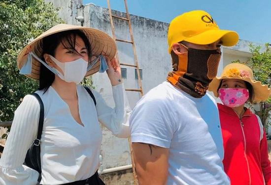 """Thủy Tiên kêu gọi được 2 tỷ giúp đỡ đồng bào miền Trung sau khi đáp trả antifan """"cực gắt"""" - Ảnh 4"""