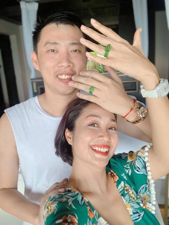 Ốc Thanh Vân - Trí Rùa trốn con đi du lịch riêng, kỷ niệm 12 năm thành vợ chồng - Ảnh 1