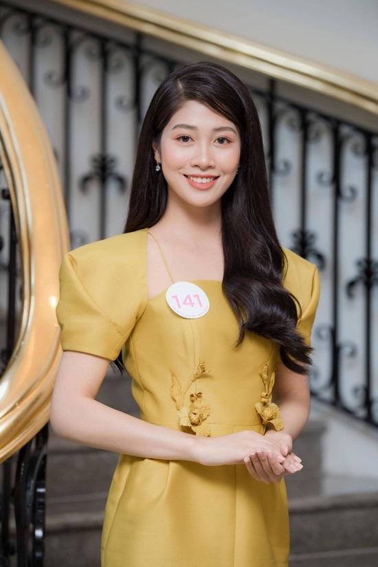 Nữ tiếp viên hàng không xinh đẹp lọt vào chung kết Hoa hậu Việt Nam 2020 - Ảnh 1