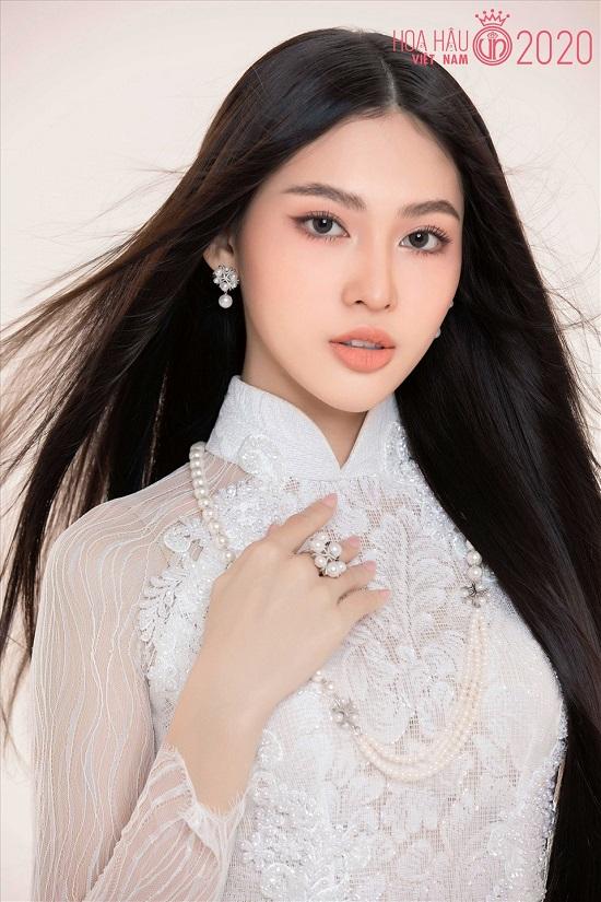 """Hoa hậu Việt Nam 2020: """"Bản sao"""" Tiểu Vy sở hữu đôi chân dài 1m1, xứng đáng là ứng viên """"nặng ký"""" - Ảnh 5"""