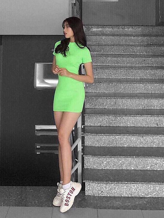 """Hoa hậu Việt Nam 2020: """"Bản sao"""" Tiểu Vy sở hữu đôi chân dài 1m1, xứng đáng là ứng viên """"nặng ký"""" - Ảnh 9"""