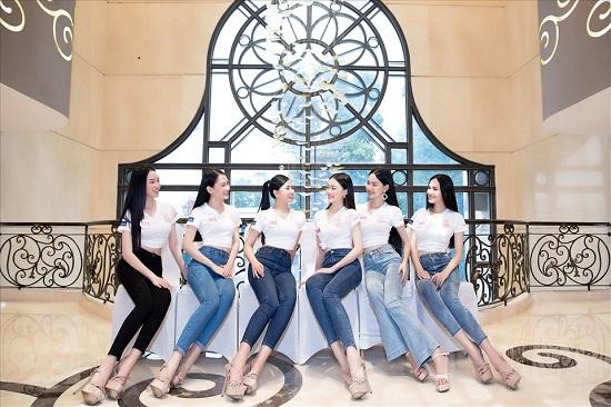 Dàn thí sinh Hoa hậu Việt Nam 2020 đồng loạt khoe chân dài, vén áo đọ eo thon trước thềm chung kết - Ảnh 4