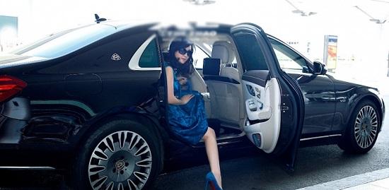 """Choáng ngợp trước xế hộp 14 tỷ đồng của Hoa hậu """"không tuổi"""" Giáng My - Ảnh 2"""