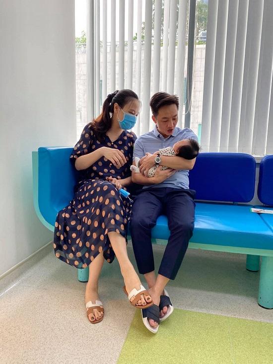 """Cha con Cường Đô La """"tranh nhau"""" vị trí đẹp trai hơn, Đàm Thu Trang liền có câu trả lời cực hợp lý - Ảnh 7"""