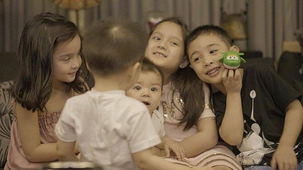 """Dự tiệc sinh nhật bạn, con trai của """"mỹ nhân đẹp nhất Philippines"""" chiếm trọn spotlight - Ảnh 4"""