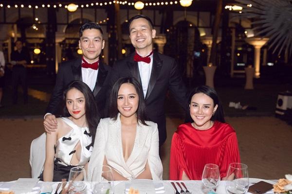 Mai Phương Thúy, Hương Giang khoe vẻ quyến rũ trong bữa tiệc nóng bỏng của Vbiz - Ảnh 2