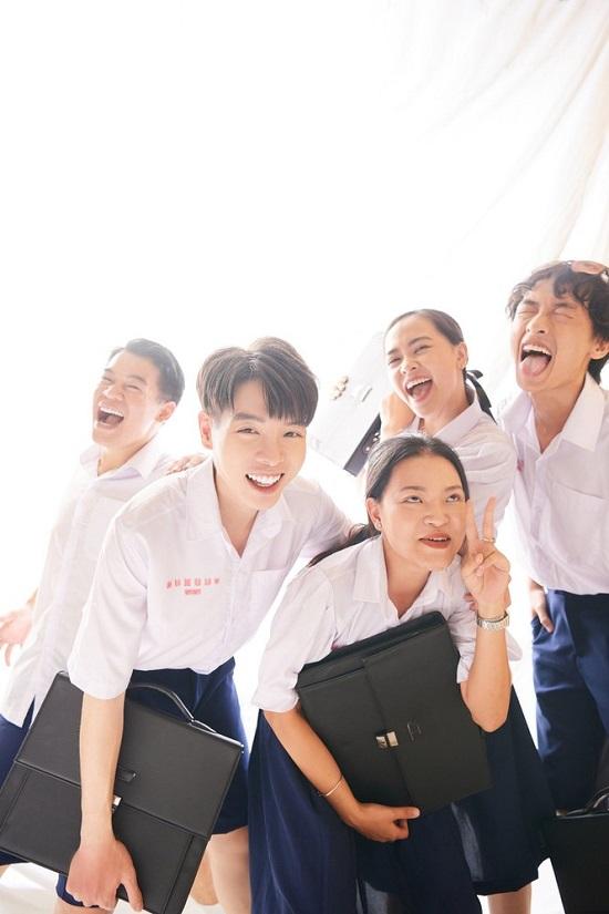 Đức Phúc trở lại với MV học đường, quy tụ dàn cameo khủng - Ảnh 2