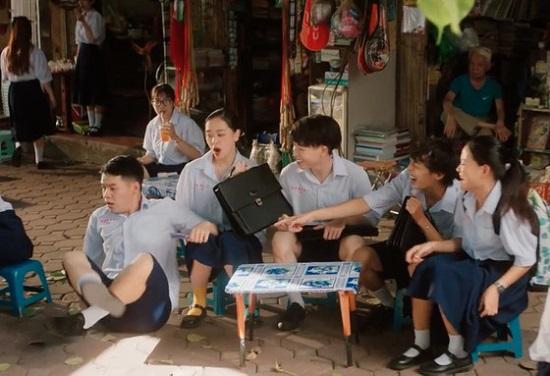 Đức Phúc trở lại với MV học đường, quy tụ dàn cameo khủng - Ảnh 4