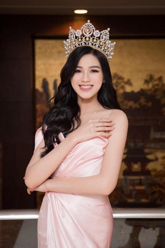 Chế độ ăn uống, dưỡng nhan để giữ thân hình hoàn hảo của Hoa hậu Đỗ Thị Hà - Ảnh 1