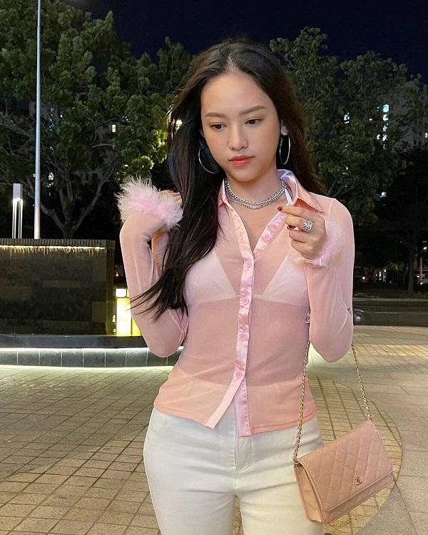 """""""Tình cũ Phan Thành"""" trở lại đường đua """"khoe thân"""" nóng bỏng với loạt trang phục xuyên thấu nội y - Ảnh 6"""