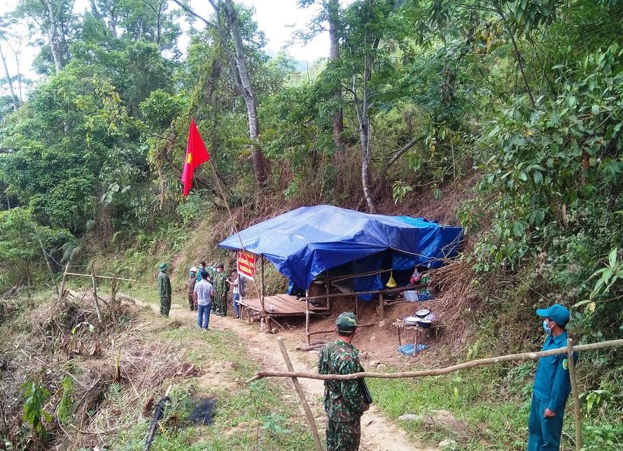 Quảng Nam: Bắt giữ 4 người nhập cảnh trái phép từ Lào về Việt Nam - Ảnh 1