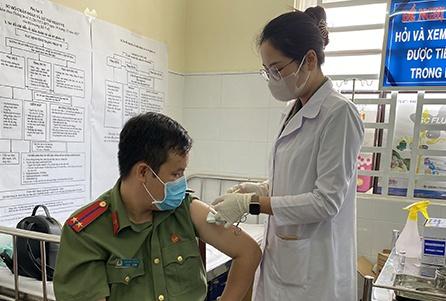 binh duong day nhanh tien do tiem vaccine covid 19 dpsl 1