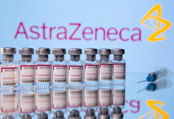 tphcm rut ngan khoang cach tiem hai mui vaccine astrazeneca xuong 6 tuan