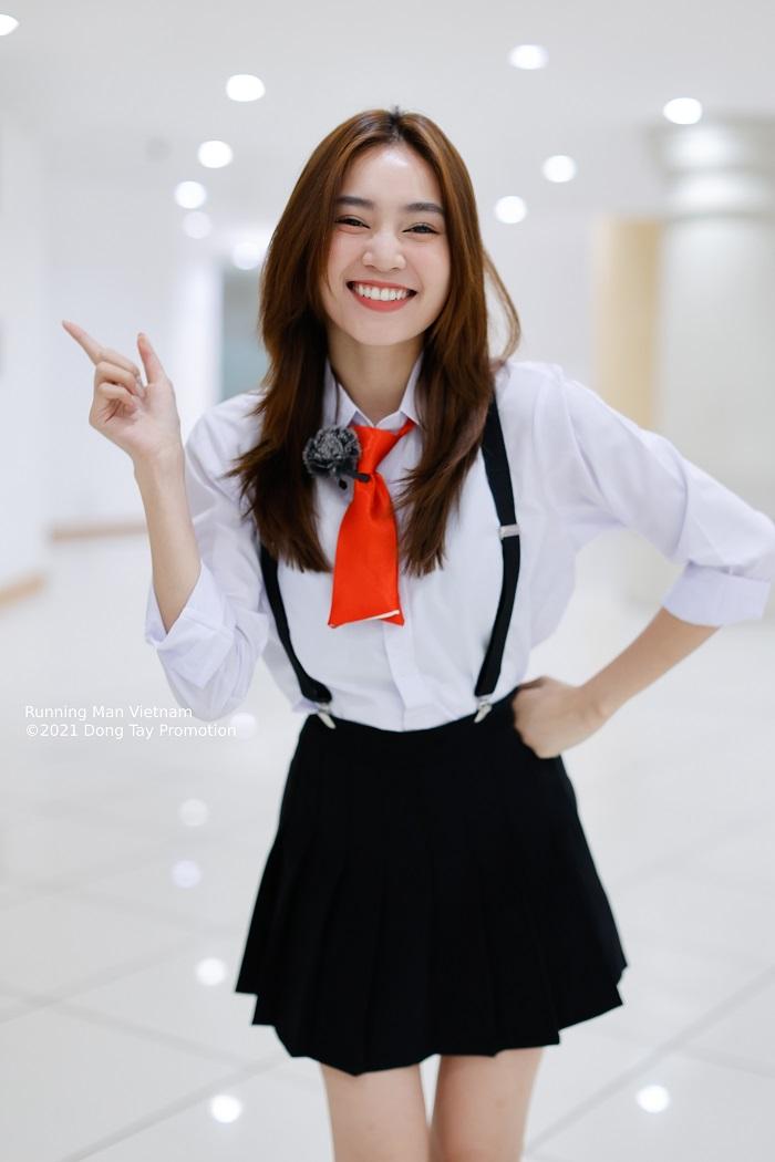 running man vietnam choi la chay tap 3 duc phuc day hoang mang se la muc tieu bi san duoi2