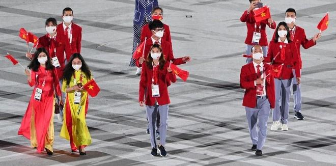 khoanh khac doan the thao viet nam dieu hanh tai le khai mac olympic tokyo 2020 4