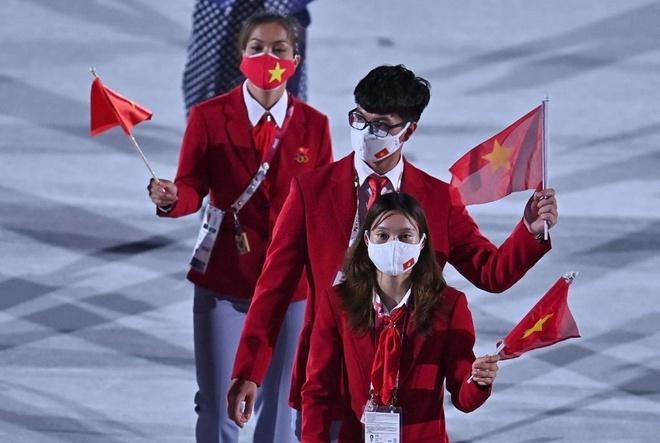 khoanh khac doan the thao viet nam dieu hanh tai le khai mac olympic tokyo 2020 5