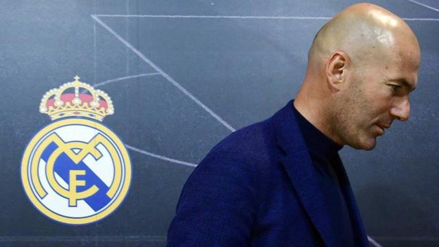 zidane se roi real madrid sau khi mua giai ha man 01