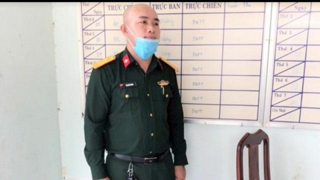 dat mua quan ao quan nhan tren mang de cai trang thanh bo doi dac cong nham thong chot kiem soat 01
