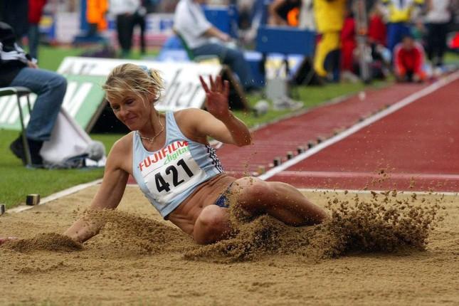 tai sao giuong vdv o olympic tokyo duoc lam bang bia cung dspl 2