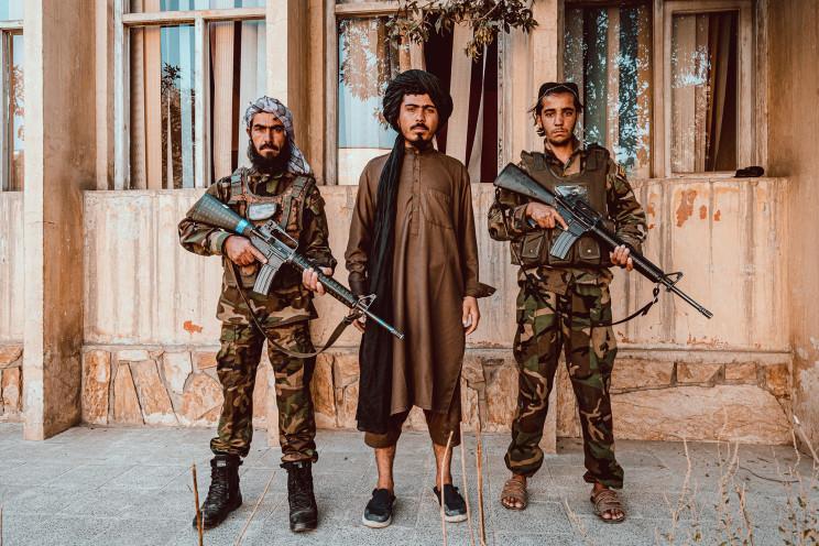 dot nhap lo dao tao biet kinh taliban o truong mau giao chien binh xep hang xin chet dsp