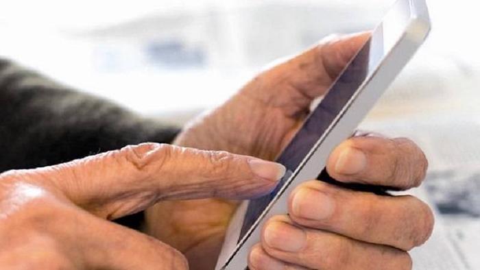 gamehub smartphone cho nguoi gia 1