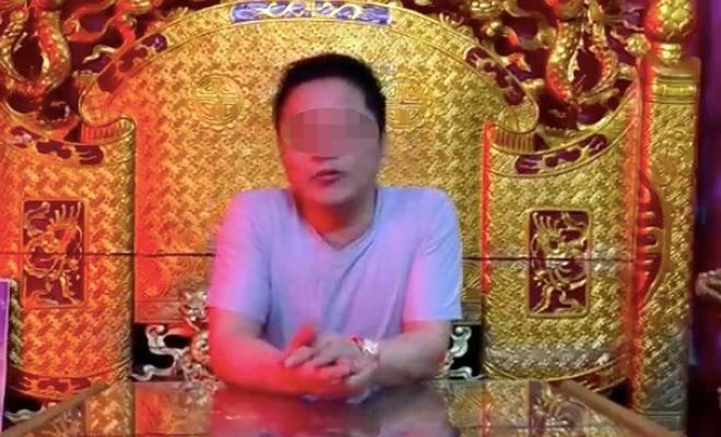 vu nguoi dan ong tu xung giang tran co the khong che covid 19 dspl