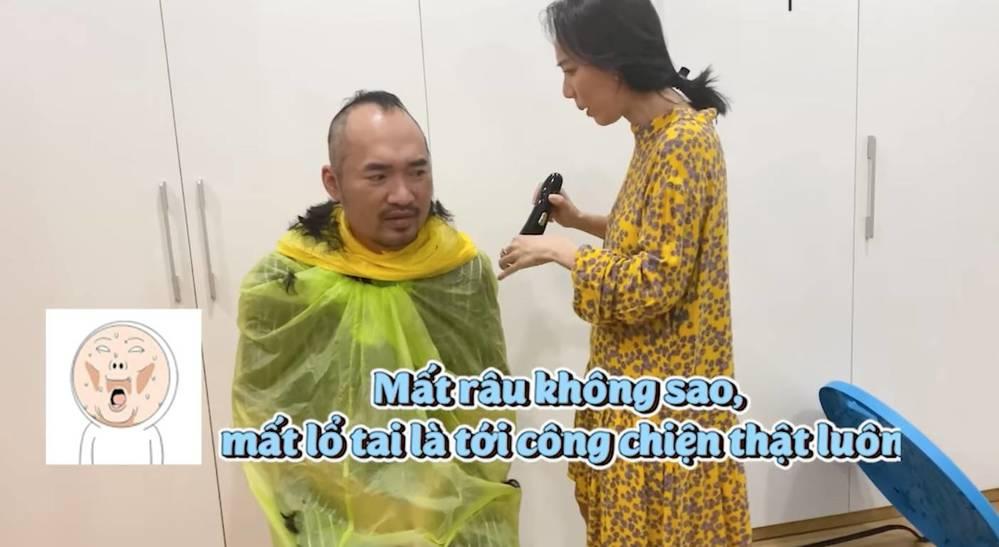 tin tuc giai tri moi nhat ngay 23 7 facebook hoa hau thu thuy co dong thai la2