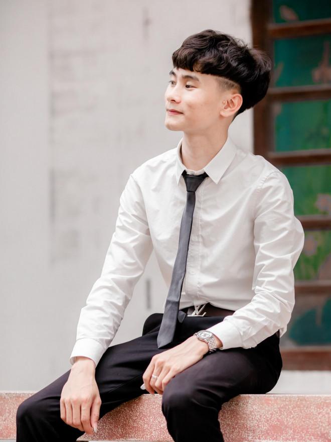 khong chiu ngoi khong vi dich covid 19 cau be mo coi nhan nut bac youtube3