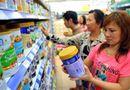 Thị trường - Thêm 4 sản phẩm sữa cho trẻ em vào danh sách bình ổn giá