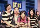 Chuyện làng sao - Gia đình Phương Thảo Ngọc Lễ về Việt Nam thực hiện liveshow đầu tiên
