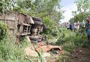 Tin trong nước - Thương tâm 3 chị em bỏ mạng vì xe chở gỗ bất ngờ nổ lốp