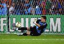 Bóng đá - Pha xử lý thảm họa của Thánh Iker Casillas