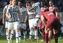 Bóng đá - Torino 1-4 Juventus: Pogba lập siêu phẩm, Buffon phá kỷ lục giữ sạch lưới