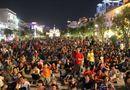 Tin trong nước - Cấm tổ chức ăn uống, tụ tập mất trật tự ở phố đi bộ Nguyễn Huệ