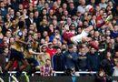 Bóng đá - Top 5 bàn thắng đẹp nhất vòng 33 giải Ngoại hạng Anh