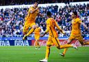 Bóng đá - Suarez lập hàng loạt kỷ lục, Ro béo và Ronaldo cũng phải ngả mũ