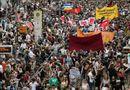 Tin thế giới - Gần 2.000 người biểu tình yêu cầu Thủ tướng Đức từ chức