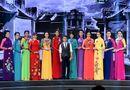 Tin tức giải trí - NTK Thuận Việt khoe giọng trong Sài Gòn Đêm Thứ Bảy
