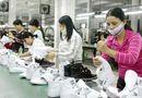 Tin trong nước - Tăng lương: Doanh nghiệp kêu khó, người lao động lo sợ?