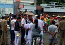 Tin trong nước - Vụ mẹ con sản phụ tử vong tại Bạc Liêu: Người nhà mang di ảnh vây bệnh viện