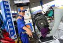 Thị trường - Giá xăng dầu hôm nay 4/6 sẽ được điều chỉnh tăng hay giảm?