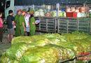Thị trường - Nhiều loại rau quả nhập từ Trung Quốc chứa chất bảo quản, thuốc bảo vệ thực vật