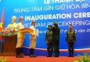 Tin trong nước - 2 sĩ quan VN nhận mũ nồi xanh lực lượng gìn giữ hoà bình LHQ