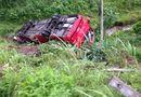 Miền Bắc - Quảng Ninh: Xe khách lao xuống vực, 11 người thương vong