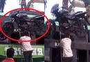 Cộng đồng mạng - Clip: Sửng sốt người đàn ông nâng xe máy nặng 120kg bằng đầu